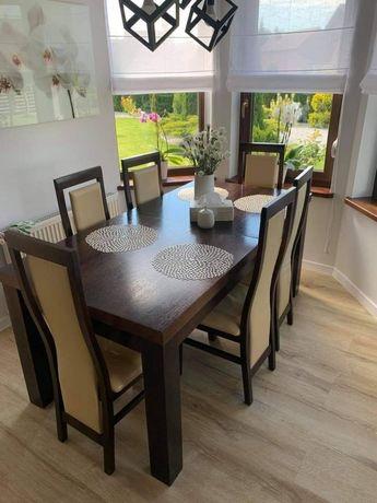 Stół dębowy i krzesła