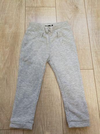 Дитячі штани для дівчинки