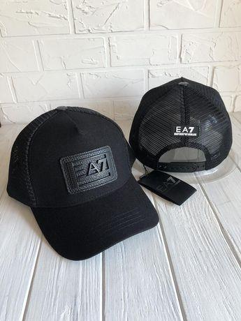 Кепки, бейсболки Armani  / EA7