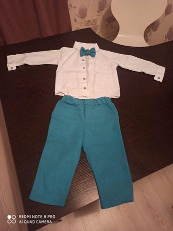 Продам нарядный костюм на мальчика