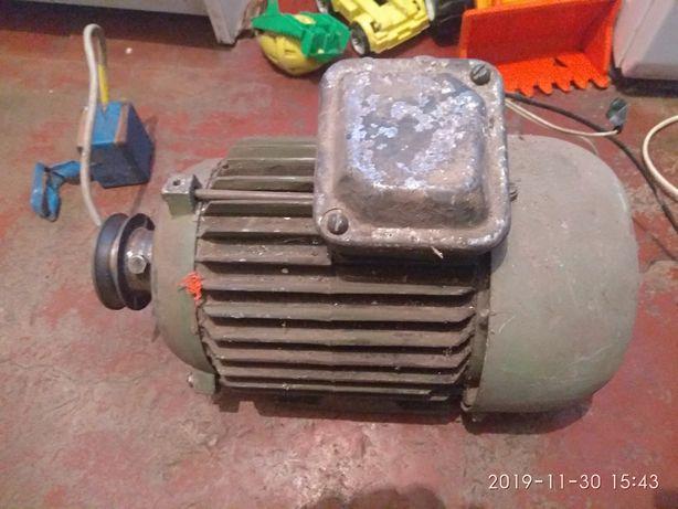 Электродвигун