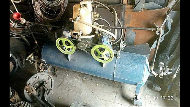Потужний мощный компрессор компресор