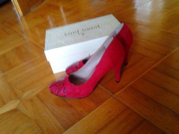 nowe buty rozm. 39 czerwone