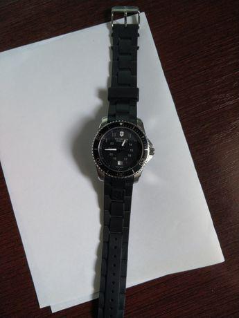 Швейцарские наручные часы Victorinox Swiss Army Maverick