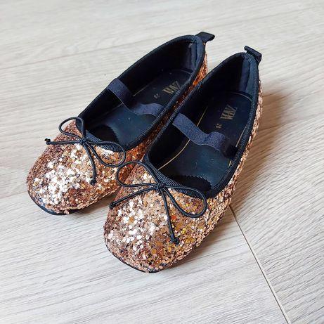 Туфлі балетки, Zara