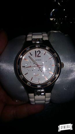 Продам часы женские Guess