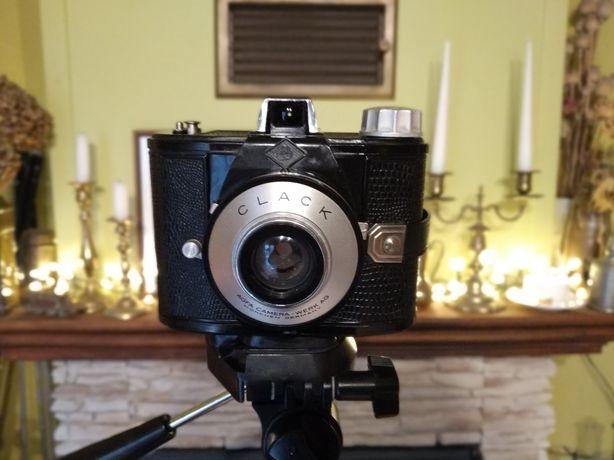 Zabytkowy ( stary) retro aparat fotograficzny Clack