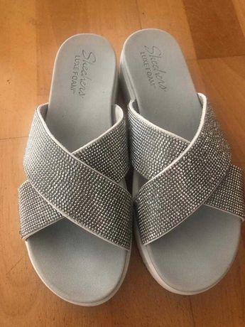 Sandálias Skechers, de senhora, prateadas, tamanho 38, como novas