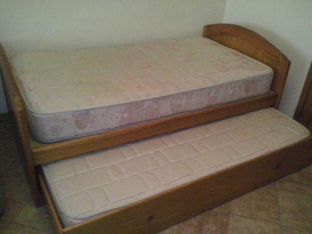 cama dupla solteiro/a