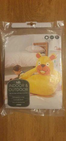 Nadmuchiwana sofa niedźwiedź