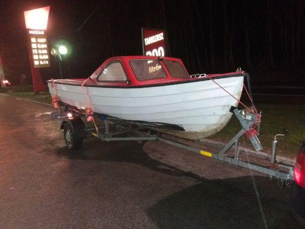 łódż do dalszej renowacji