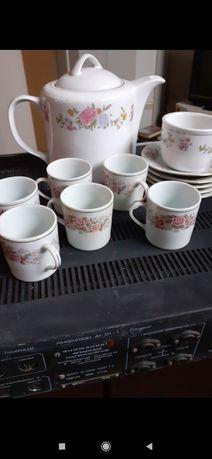 Тарелки посуда чашки чайник глиняные горшки бокалы богемия с позолотой