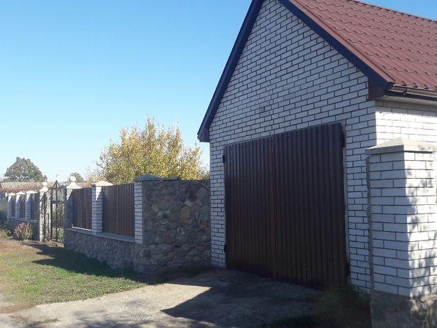 Продається садиба 0,15 га в смт. Семенівка Полтавської обл.