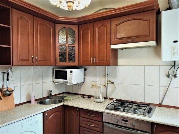 Продается 1-к  квартира в отличном состоянии на  Кириловской 127а