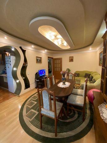 Продаж трикімнатної квартири