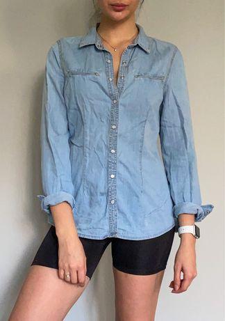 Рубашка из тонкой джинсы