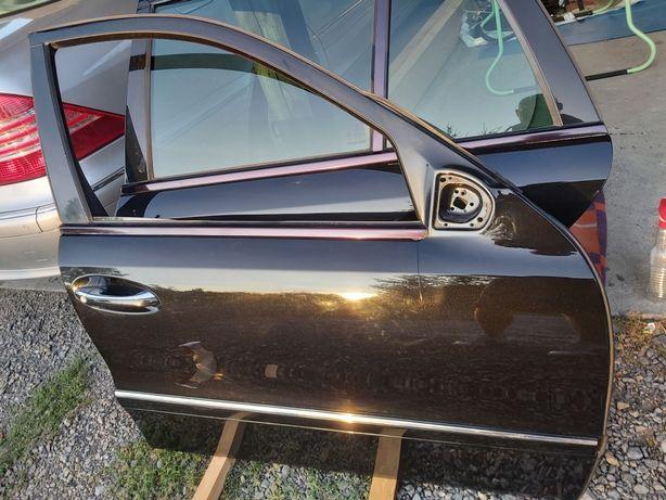 Drzwi prawe Mercedes w211