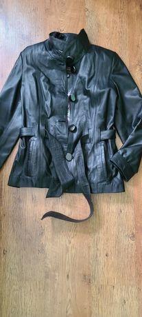 Кожаная женская курточка