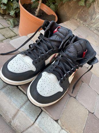 Продам кросовки  Jordan 1