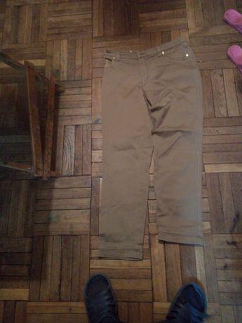 Женские брюки коричневые