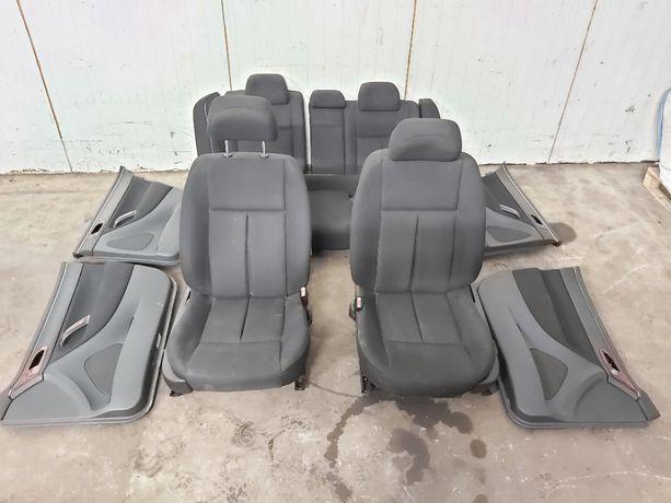 Fotel fotele kanapa boczki drzwi tapicerka Peugeot 607 Europa