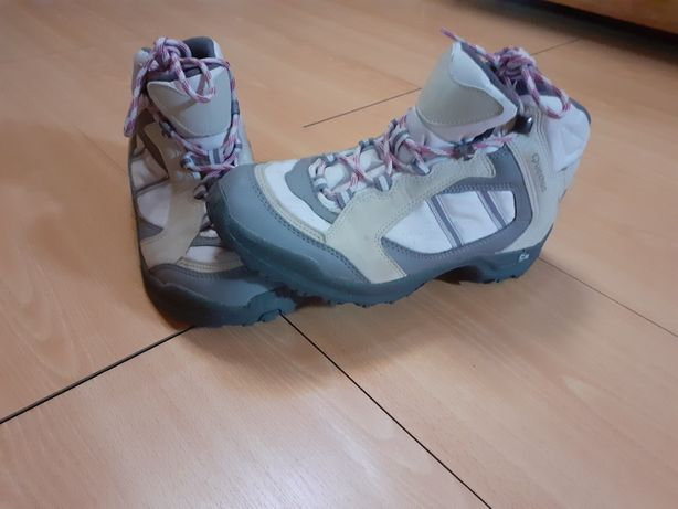 Bota Quechua + Sapatos Gios Eppo