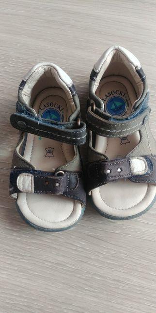 Sandałki buty 20 Lasocki