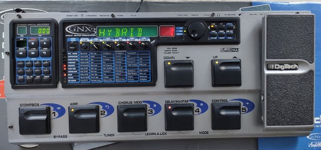 Multiefekt gitarowy DIGITECH GNX-3
