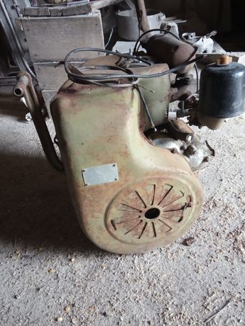 бензиновый двигатель УД - 2