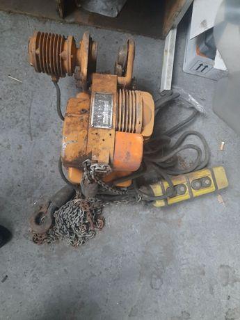 лебедка электрическая Балканкар на 250кг б/у