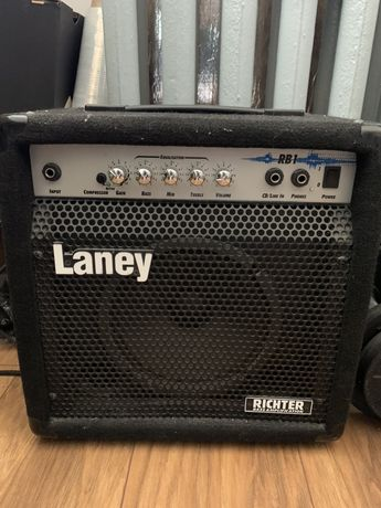 Wzmacniacz do Gitary basowej / laney rb1
