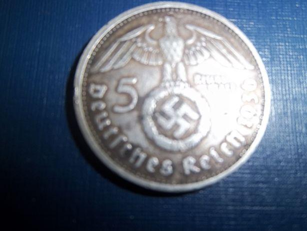 продаю 5 марок .серебро.оригинал.без торга.хороший подарок . 1936 год