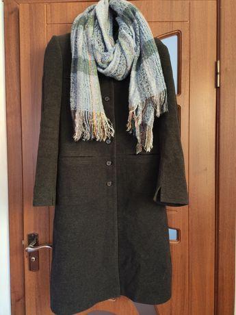 Зимове пальто.70% шерсть