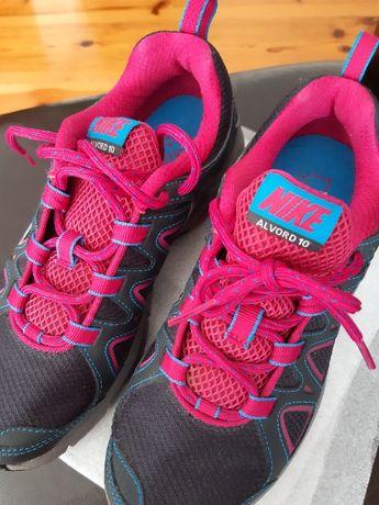 Buty sportowe damskie, Nike, rozmiar 37,5.