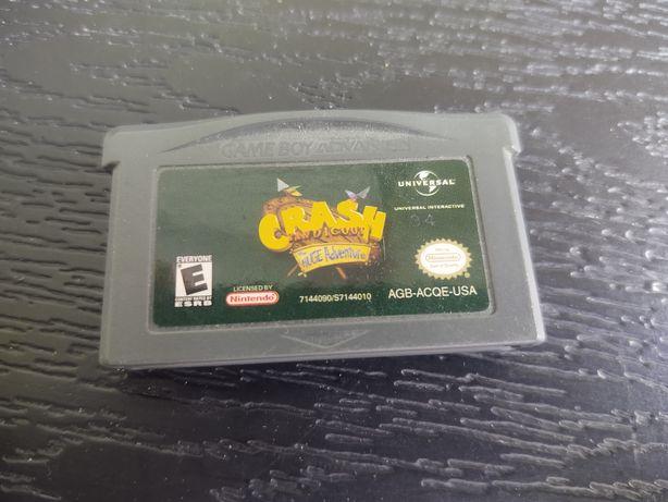Gra na Game Boy Advance Crash Bandicoot The Huge Adventure