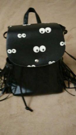 Красивый черный рюкзак.Польша