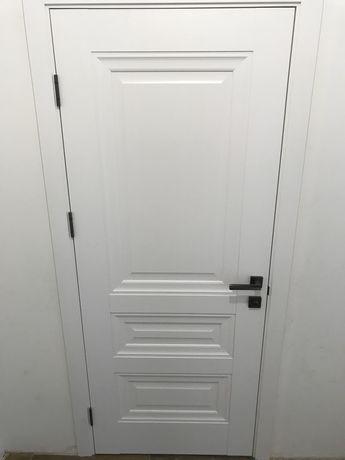 Дверь деревянная межкомнатная комплект (в упаковке). Белый мат.