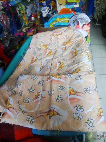 защита на кроватку 4элемента