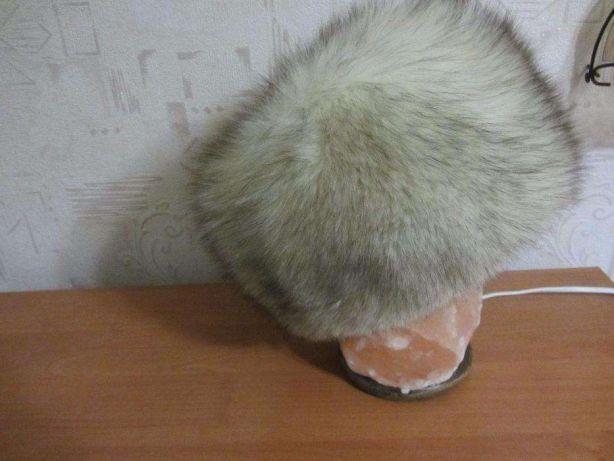 Зимняя шапка из меха лисы -чернобурка светлая размер 56