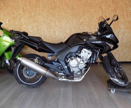 Honda cbf 600 ano 2009 para vender por peças.