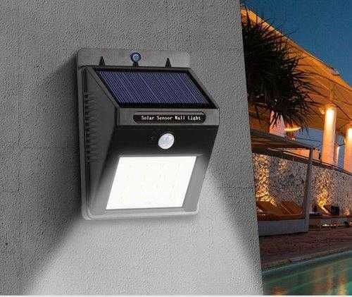 Уличный светильник фонарь с датчиком движения на солнечной батарее
