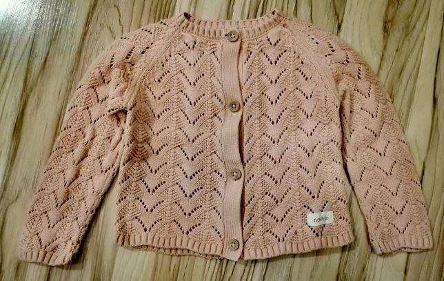 Śliczny sweterek firmy Newbie