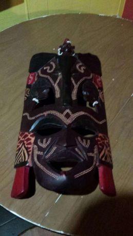 Mascara africana candeeiro