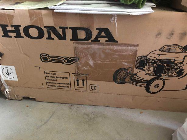 Kosiarka Spalinowa Honda HRG 415C3 Bez napędu, Z koszem
