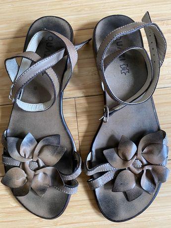 Skórzane sandały Quazi rozm.40