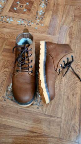 Мужские зимние ботинки из натуральной кожи коричневые