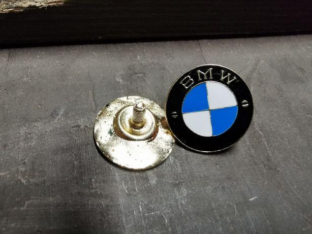 Znaczek metalowy bmw Wpinka blacha
