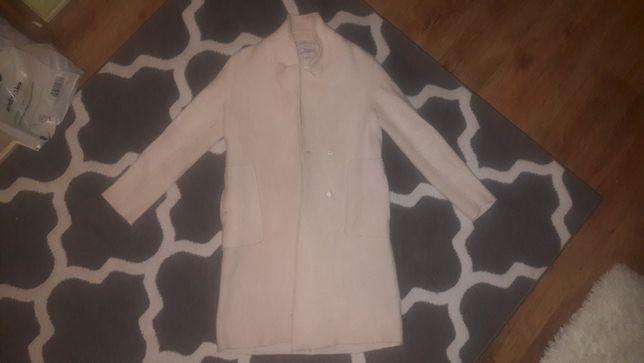 Płaszcz kolor wanilia kremowy