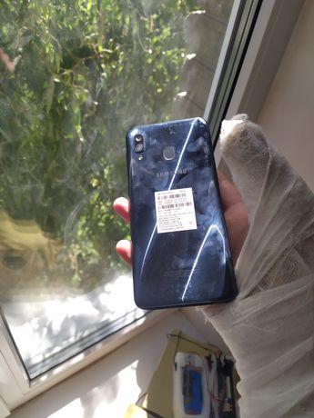 Samsung galaxy a30 4/64