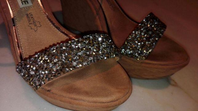 Sandálias/Sapatos abertos